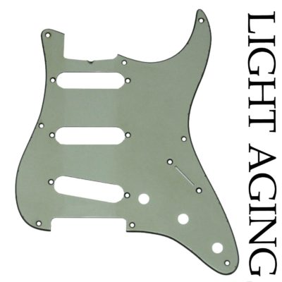 Mint Green Stratocaster vintage light relic guard