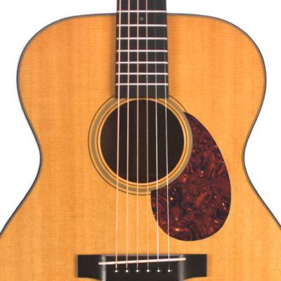 Martin18v acoustic pickguard vintage maroon tortoise on guitar